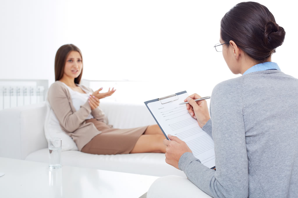 Mulher tratando depressao na psicologa